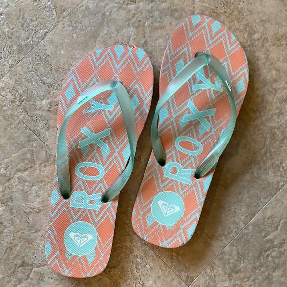 Roxy flip flops - 8/8.5